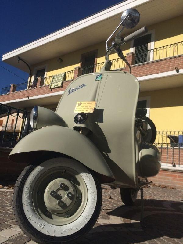 Il vespa club dei marsi sbarca al raduno mondiale in for Vespa club volta mantovana