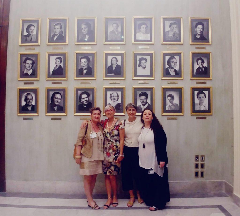 Delegazione di 39 donne democratiche 39 all 39 evento dedicato a for Diretta dalla camera dei deputati