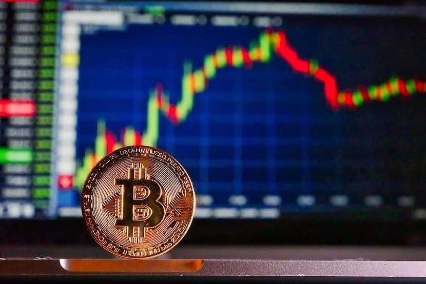 qual è il nuovo bitcoin in cui investire moneta virtuale svizzera video introduttivo per iniziare con le opzioni binarie ecco le soluzioni bdswiss e topoption